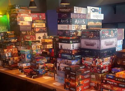 Une photo de jeux de sociétés